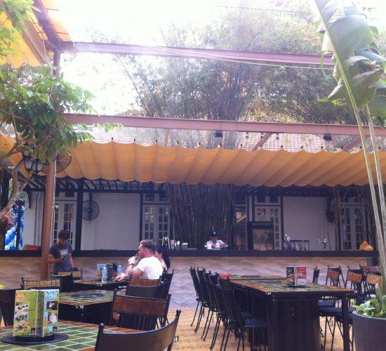 Bạt Che Quán Cafe